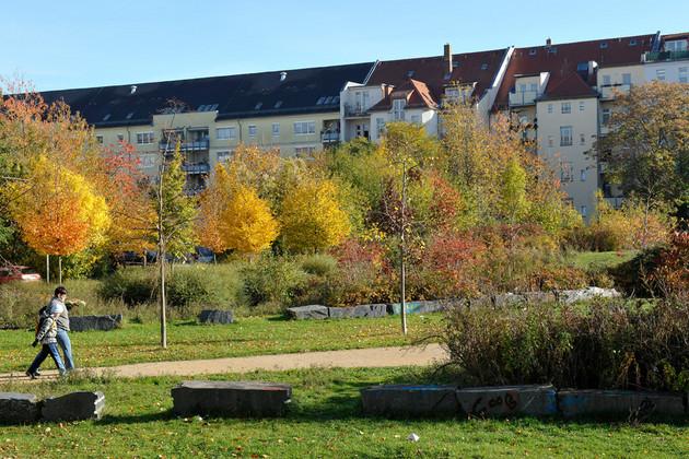 Grünanlage und Freifläche am Eutritzschcenter