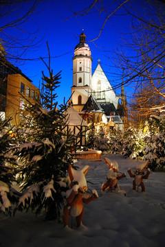 Bild wird vergrößert: Christmas market at Thomaskirche