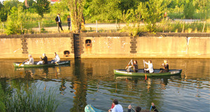 Wassersportler im Lindenauer Hafen