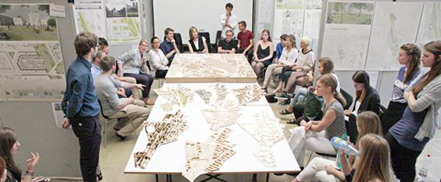 Studenten der Uni Weimar planen als Semesterarbeit neues Stadtgebiet am Bayerischen Bahnhof.