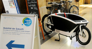 Lastenrad ausgestellt während einer Veranstaltung der Reiher Leipzig weiter denken