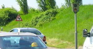 Geschwindigkeitsüberwachungsanlage Maximilianallee, B2