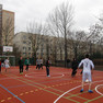 Sportler auf dem Sport und Spielbereich in der Fritz Siemon Straße