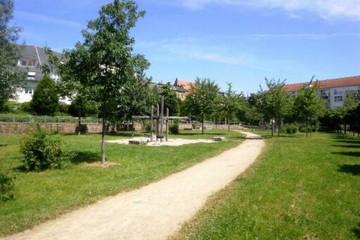 Bild wird vergrößert: im Henriettenpark