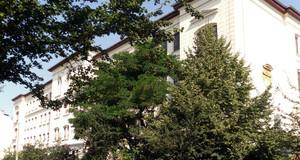 Gebäudeansicht Oberschule - 16. Schule