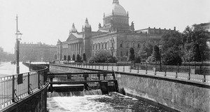 Das Reichsgericht in Leipzig auf einer Aufnahme von der Vorkriegszeit (1930er Jahre).