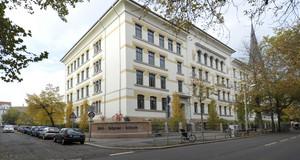 Erich-Zeigner-Schule, sanierte Fassade