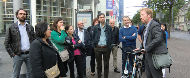 Projekt CSI, Den Haag, Expertenrunde