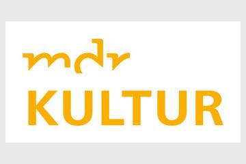 """Bild wird vergrößert: Logo: gelber Schriftzug """"mdr kultur"""" auf weißem Grund"""