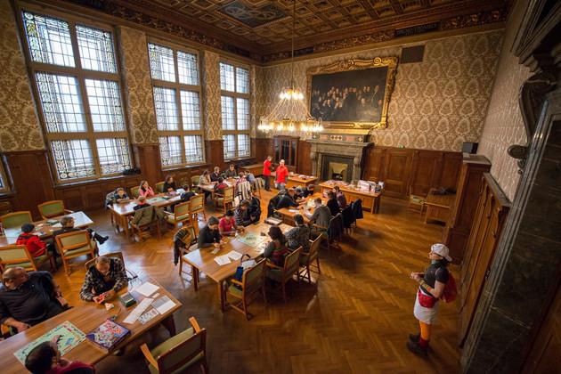 Austragung der 5. Monopoly-Stadtmeisterschaft im Ratsplenarsaal des Neuen Rathauses.
