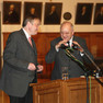 Die Historiker Prof. Dr. Dr. Detlef Döring und Prof. Dr. Ulrich von Hehl während der Diskussion beim Tag der Stadtgeschichte 2010 zur Leipziger Schulgeschichte