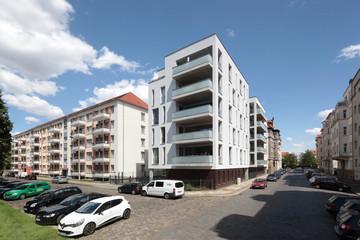 Bild wird vergrößert: Moderne Mehrfamilienhäuser in der Hardenbergstraße