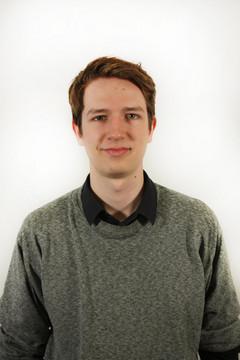 Bild wird vergrößert: Porträtfoto von Valentin Schöneich