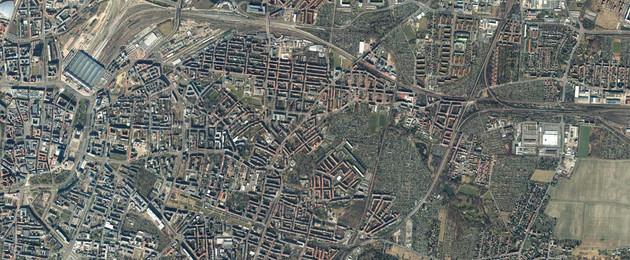 Luftbildaufnahme des Leipziger Ostens aus großer Höhe.