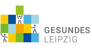 """Das Logo Gesundes Leipzig zeigt stilisierte Figuren, die verschiedenfarbige Bausteine übereinander stapeln. Daneben der Schriftzug """"Gesundes Leipzig""""."""