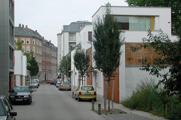 Bild wird vergrößert: Gebäudeansicht Gartenhofhäuser Pfeffinger Straße