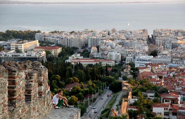 Stadtansicht von Thessaloniki mit Blick auf das ägäische Meer.