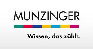 """Logo des Munzinger Online-Archivs, Munzinger-Schriftzug unterstrichen mit bunter gepunkteter Linie, darunter Satz """"Wissen, das zählt."""""""