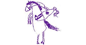 Auf weißem Hintergrund wurde von einem Kind ein Mädchen gemalt, welches auf einem Pferd reitet. Das Pferd steht auf den Hinterbeinen, die Vorderbeine sind in die Höhe gestellt.