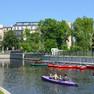 Stadthafen Leipzig mit Kanuten auf dem Wasser