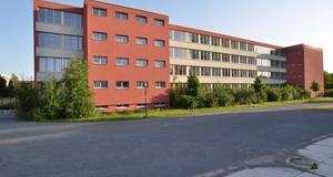 Gebäudeansicht Joachim-Ringelnatz-Schule