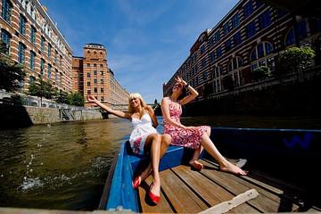 Bild wird vergrößert: Tour übers Wasser Plagwitz, Bootsausflug
