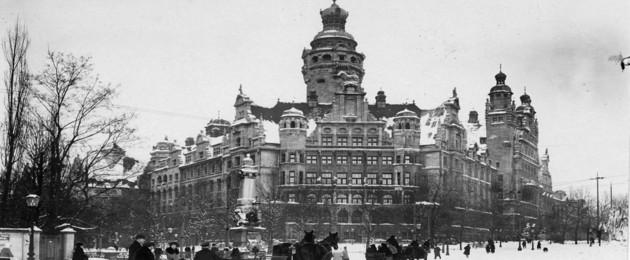 Fotografie des Neuen Rathauses im Winter 1920