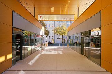 Bild wird vergrößert: Gebäudeansicht Konsum Coppistraße