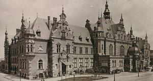 Historische Fotoaufnahme des Deutschen Buchhändlerhauses aus dem Jahr 1892.