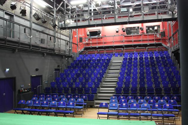 Großer Saal im Theater der Jungen Welt ohne Publikum