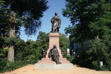 Bild wird vergrößert: Felix Mendelssohn Bartholdy Denkmal