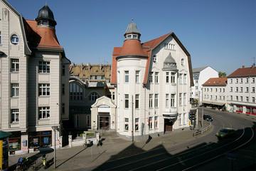 Bild wird vergrößert: Außenansicht des Gebäudes des Theater der Jungen Welt