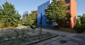 Gebäudeansicht Grundschule Freier Träger - Bischöfliches Maria-Montessori-Schulzentrum Leipzig