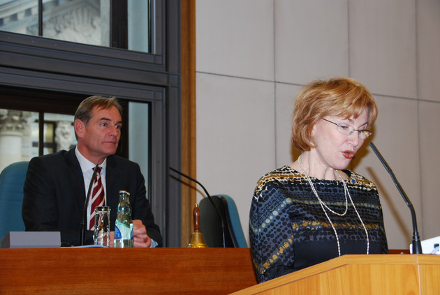 Herzliyas Oberbürgermeisterin spricht im Leipziger Stadtrat