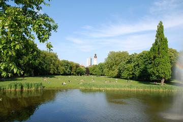 Bild wird vergrößert: Johannapark with Town Hall