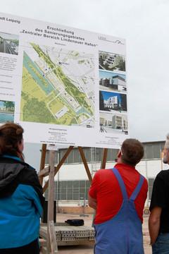 Bild wird vergrößert: Lindenauer Hafen Spatenstich