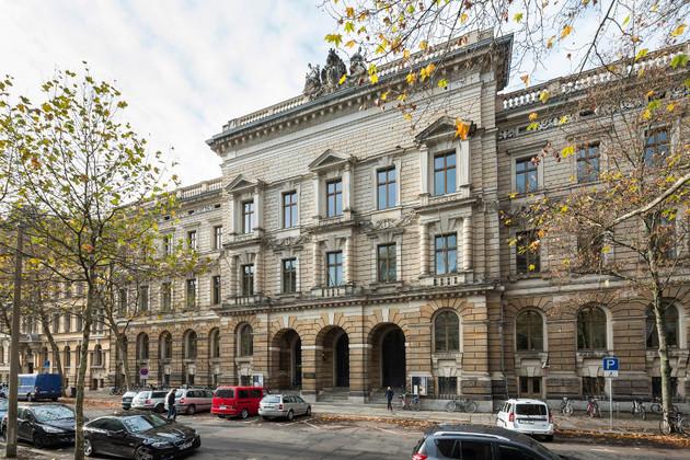 """Außenansicht des Hauptgebäudes der  Hochschule für Musik und Theater """"Felix Mendelssohn Bartholdy"""" Leipzig"""