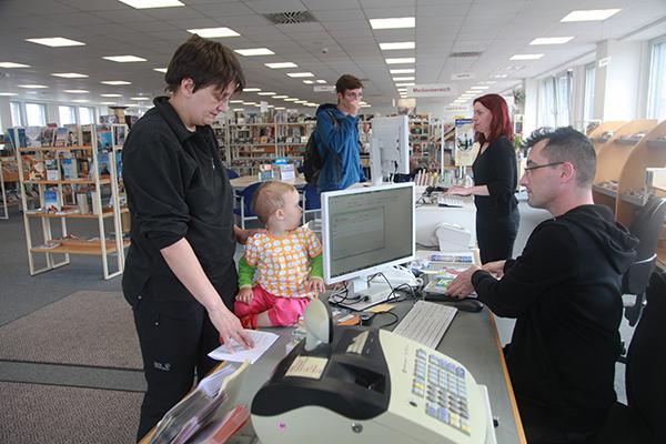 Bibliothek Gohlis - Servicetheke