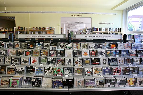 Bibliothek Grünau-Süd - Multimediabereich