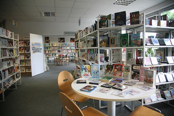 Bibliothek Mockau - Blick in die Bibliothek