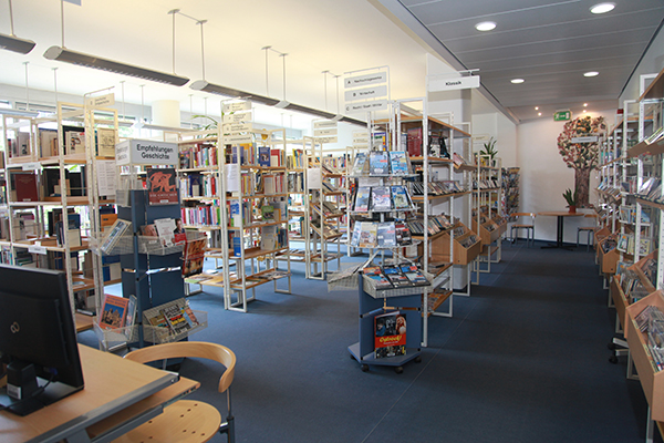 Bibliothek Volkmarsdorf - Blick in die Bibliothek