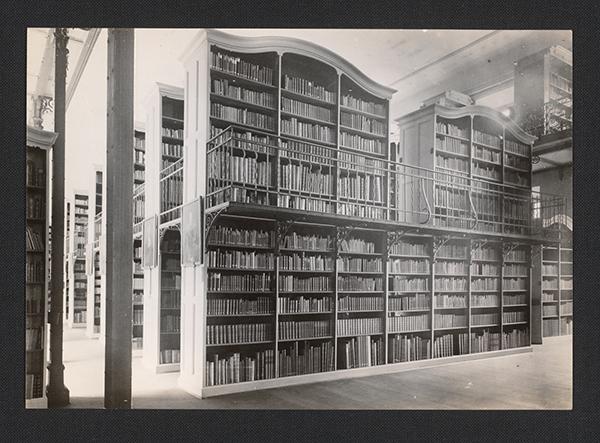 Büchersaal Stadtbibliothek um 1900 Foto schwarz/weiß