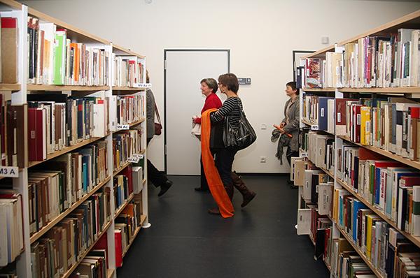 Eröffnung der Stadtbibliothek - Führungen durch das sanierte Haus