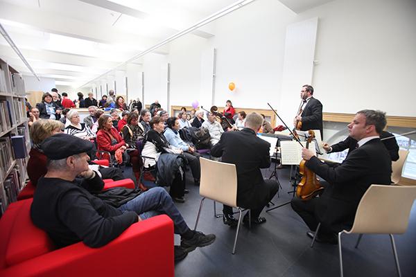 Das Reinhard Quartett spielt in der Musikbibliothek im 3. Obergeschoss