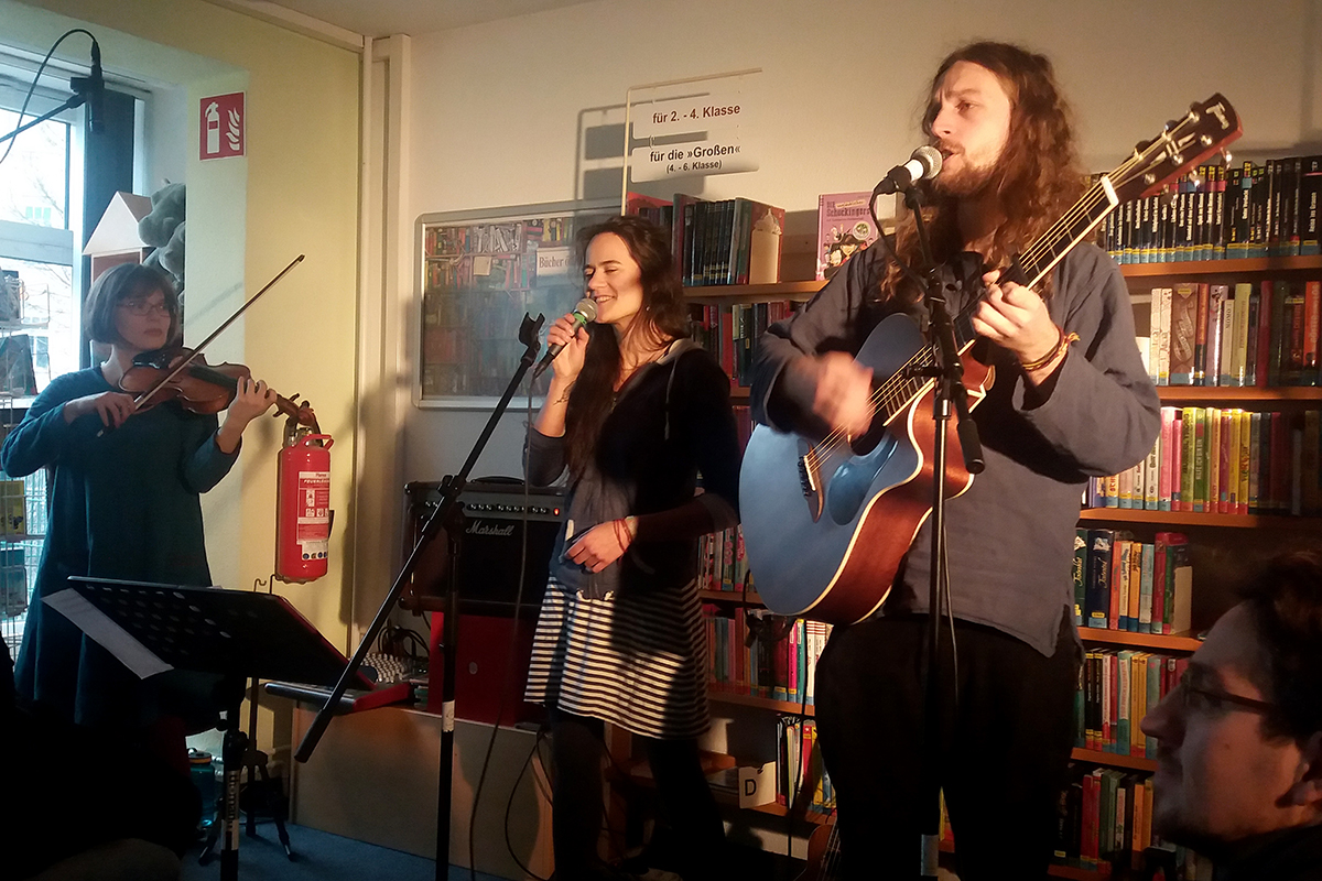 Autumn Valley Konzert in Bibliothek Schönefeld